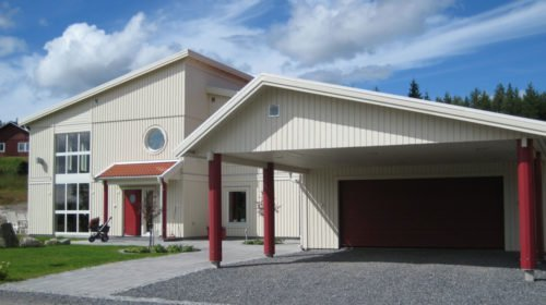 Garage med carport 7,2 x 10,8 m
