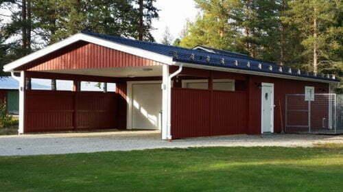 Garage med carport 7,2 x 15,6 m